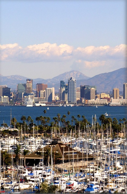 verticle-sd-skyline-from-pt-loma