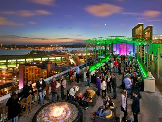 San Diego Summer Sizzles And Swizzles At Altitude Sky Lounge