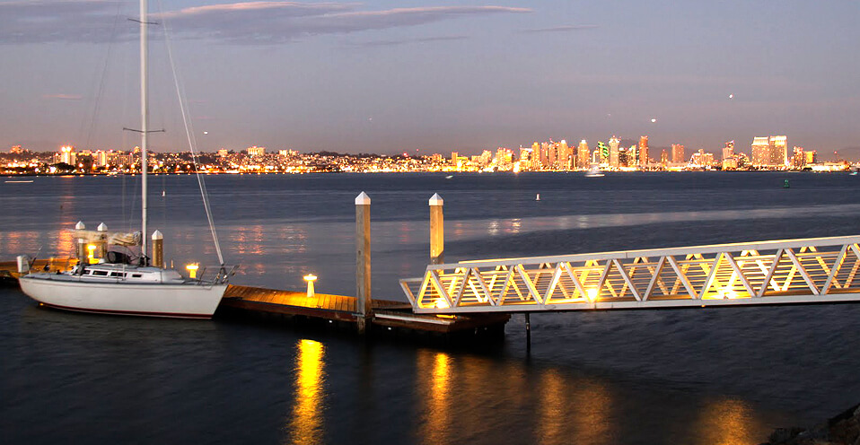 The Ultimate Waterfront Dining Dock And Dine In San Diego