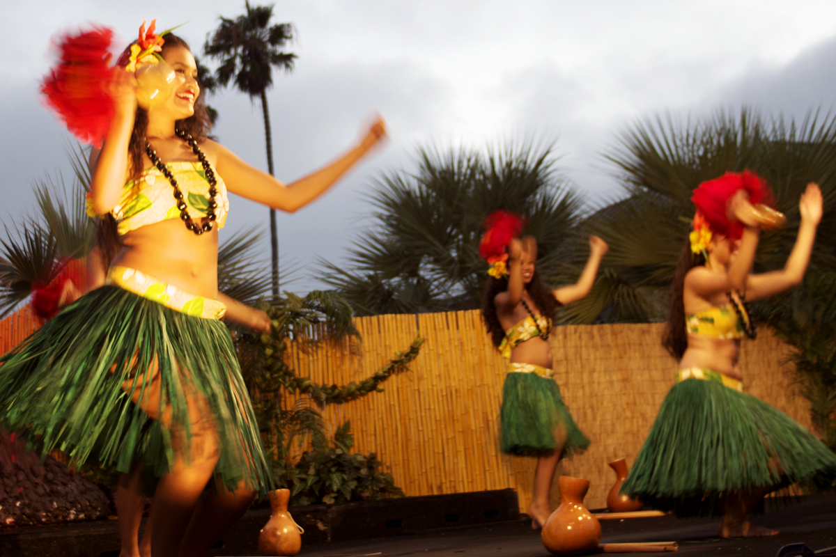 Fun summer luau at Catamaran Resort, Mission Bay