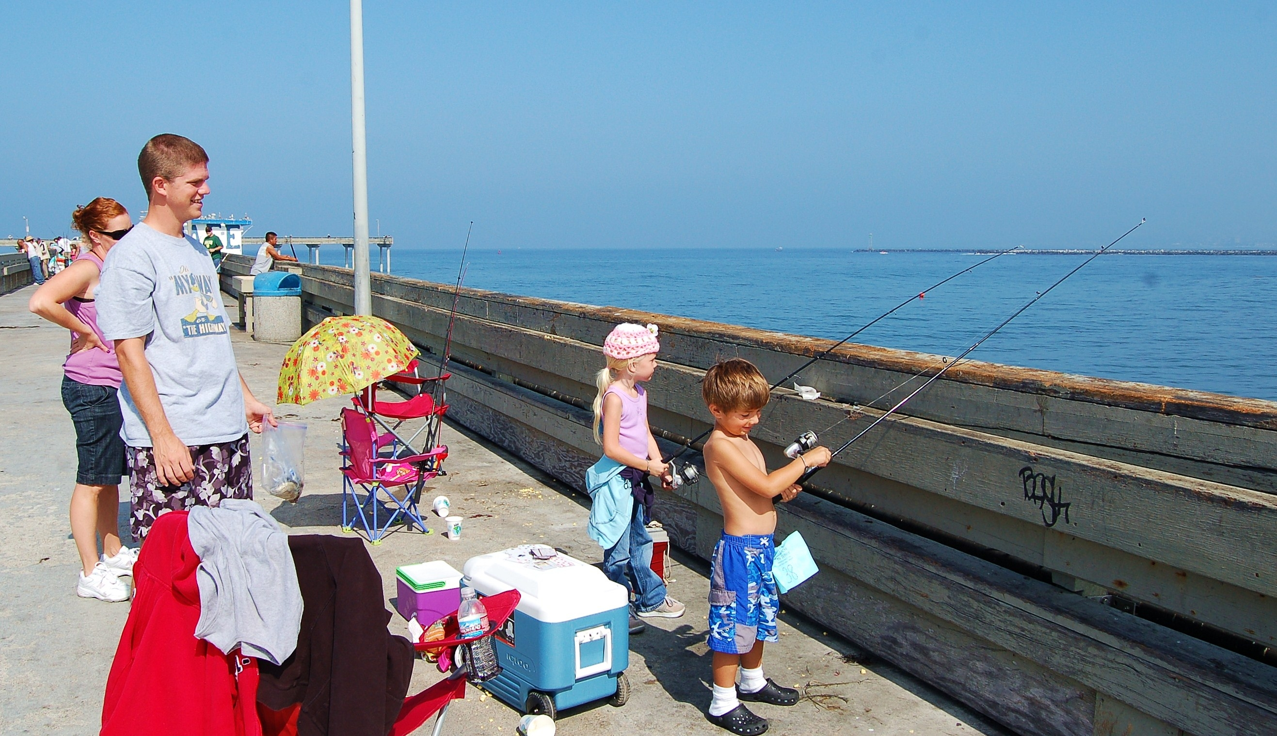 7 pier fishing spots in san diego for Long beach fishing spots
