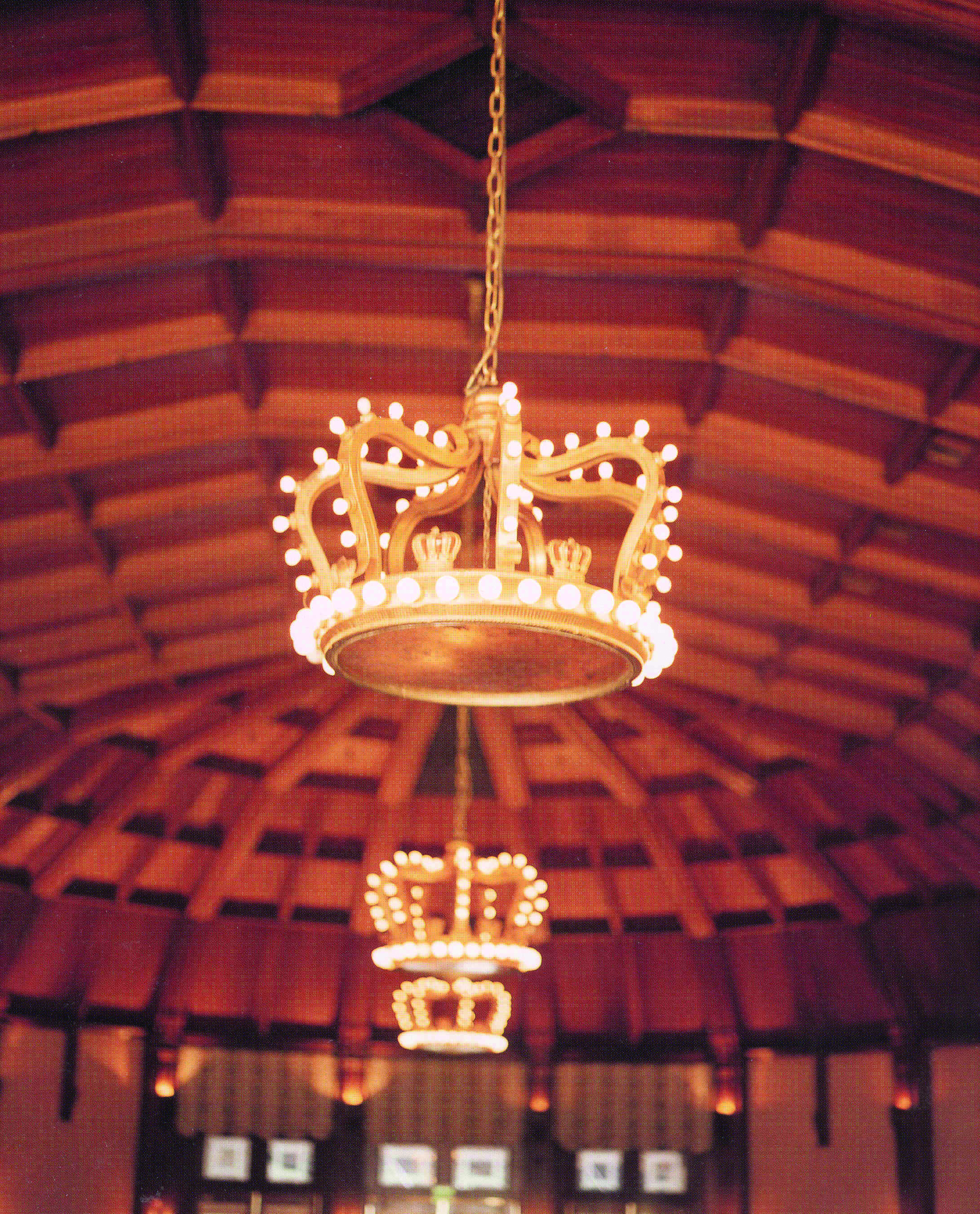 Crown room chandeliers by baum at the del