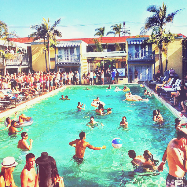 san diego hotel pool party