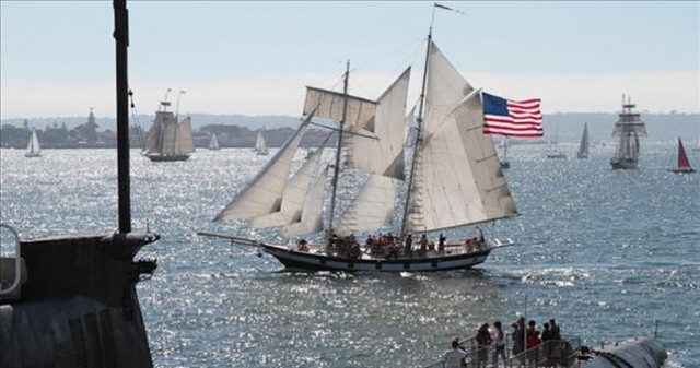Canon Battle - Festival of Sail
