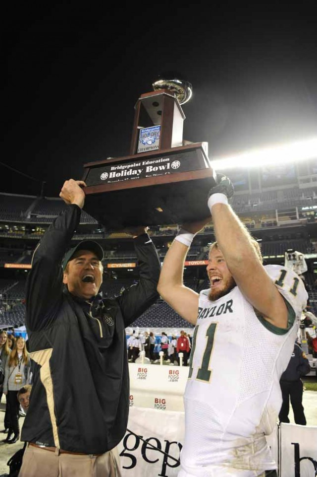 The Baylor Bears won in '12, who will hold the Holiday Bowl trophy in '13?