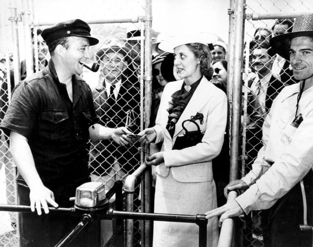 Bing Crosby - Opening Day