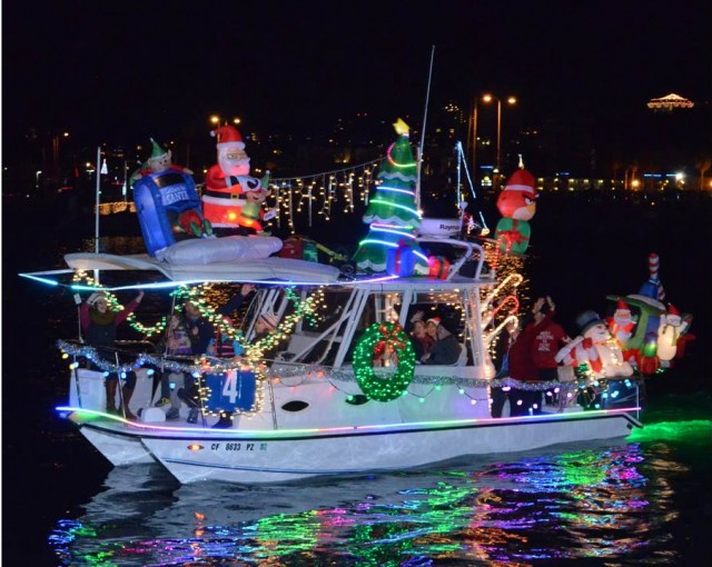 View more than 80 decorated boats at the San Diego Bay Parade of Lights!