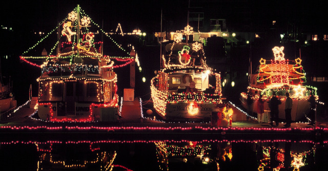 holidays parade of lights boats 1200x627 - Where To Go See Christmas Lights