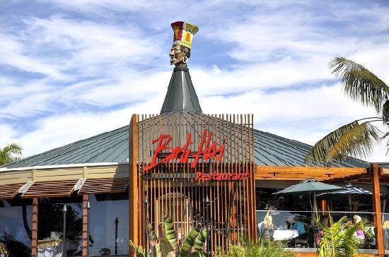 "Bali Hai Restaurant, Shelter Island's ""tiki temple"""