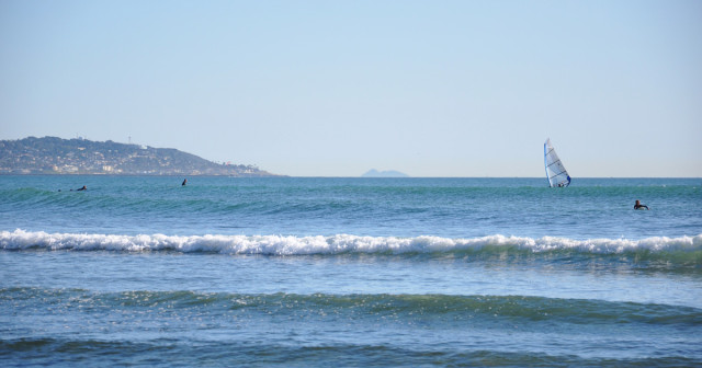 Tourmaline-Beach-Surfers-1200x630
