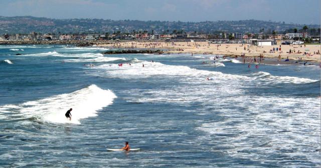 Ocean-Beach-Surfers-1200x630
