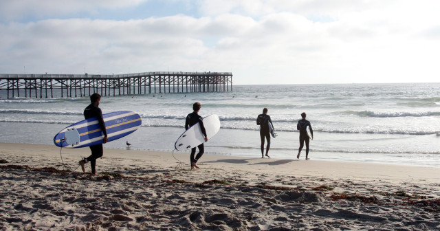 Pacific-Beach-Crystal-Pier-Surfers-1200x630