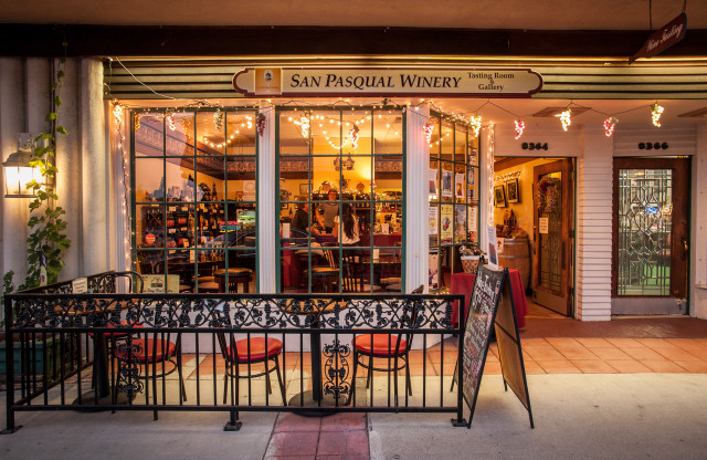 San Pasqual Winery La Mesa Tasting Room - Wineries in San Diego County