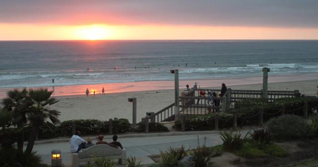 Pacific-Beach-Sunset-Gazers-1200x630