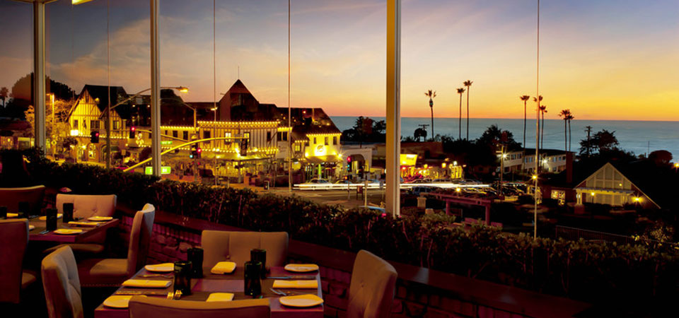 Nestled atop Del Mar Plaza, the views from FLAVOR perfectly compliment their inspired cuisine.