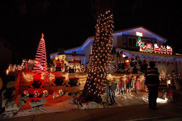 Christmas Light Display - Rancho Penasquitos Christmas Card Lane