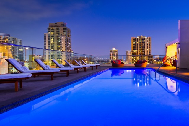Andaz San Diego - Rooftop Pools