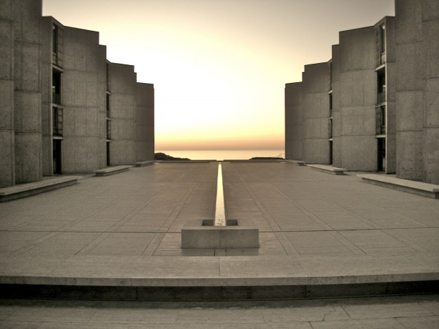 See the architectural design of the Salk Institute in La Jolla