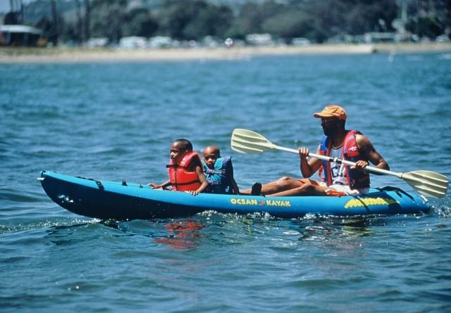 Family Kayaking in San Diego