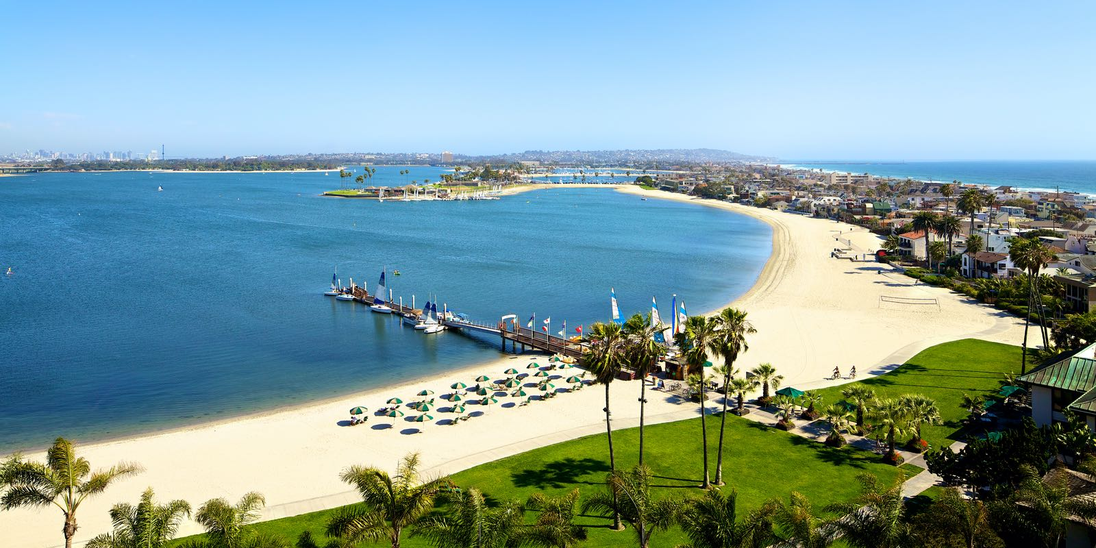 Mission Bay from Catamarn Resort and Spa - Live Web Cams Sending San Diego Warmth